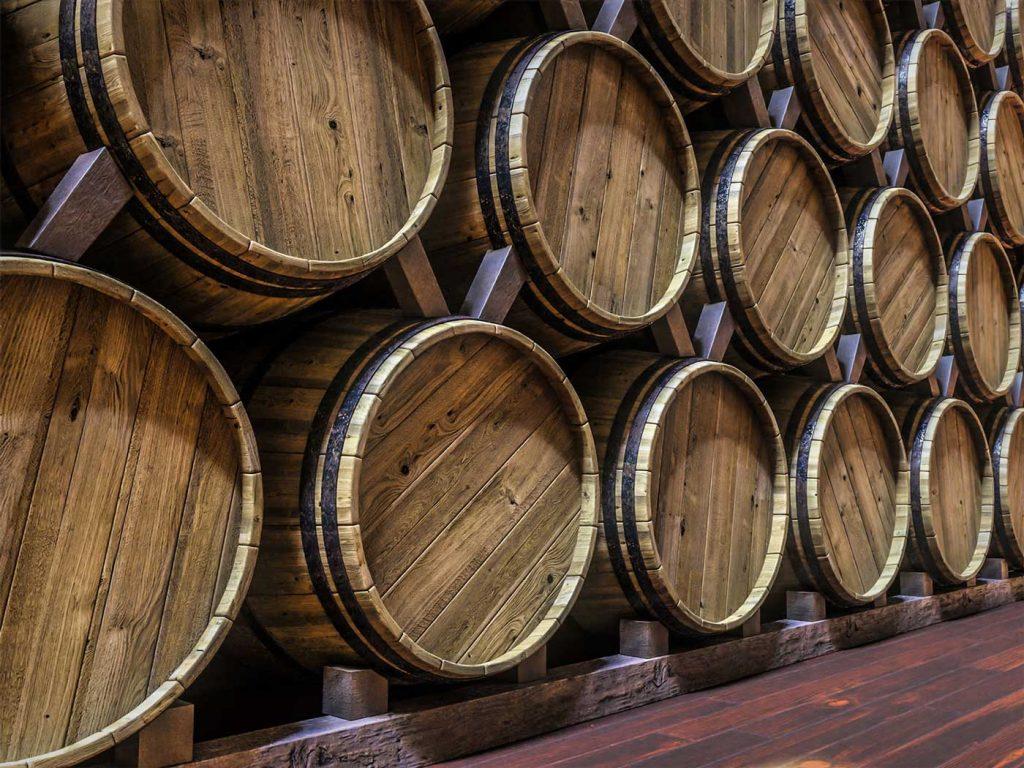 La barrica de roble es de las más utilizadas para la crianza del vino.
